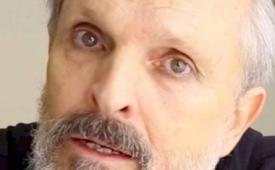¡Alejado de los reflectores! Miguel Bosé preocupa por su salud debido a posible enfermedad degenerativa