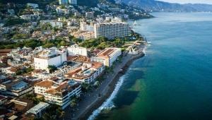 Puerto Vallarta encabeza en México la recuperación de los destinos de playa